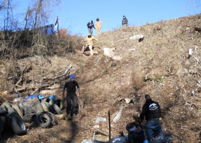 2-11-12 Volunteers descend into the sinkhole.